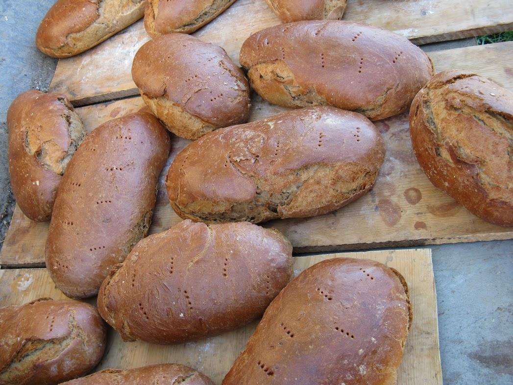 Frisches Brot vom Hof